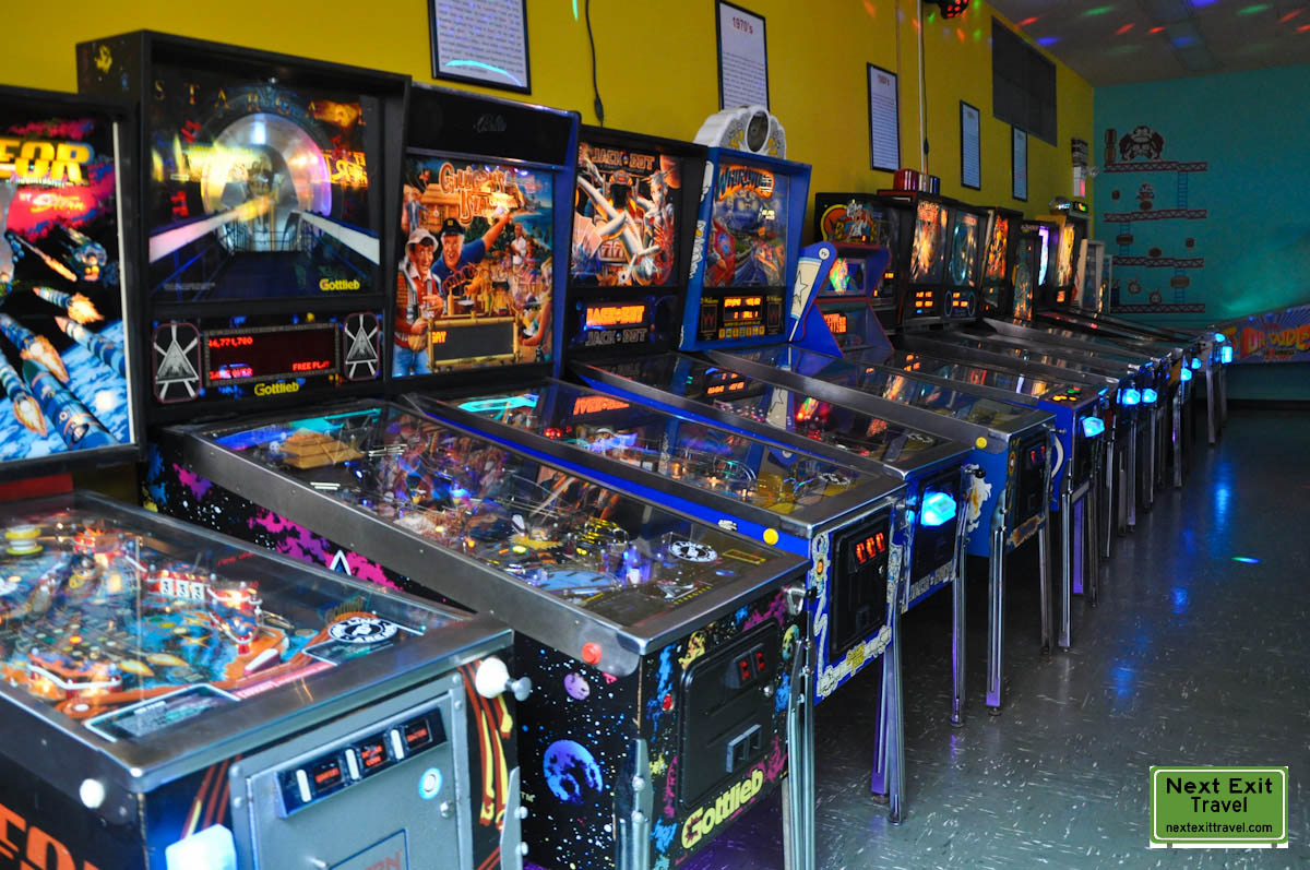 Aladdins Castle Game Room Arcade